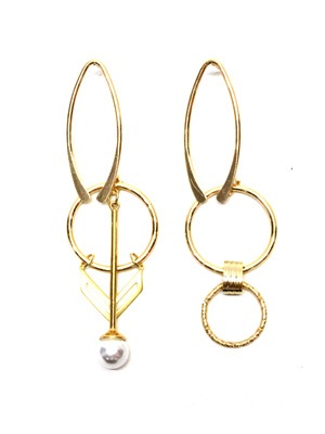 BOW(ボウ)/ GOLD ASYMME PIERCE-Lady's-